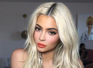 kylie jenner hair colors